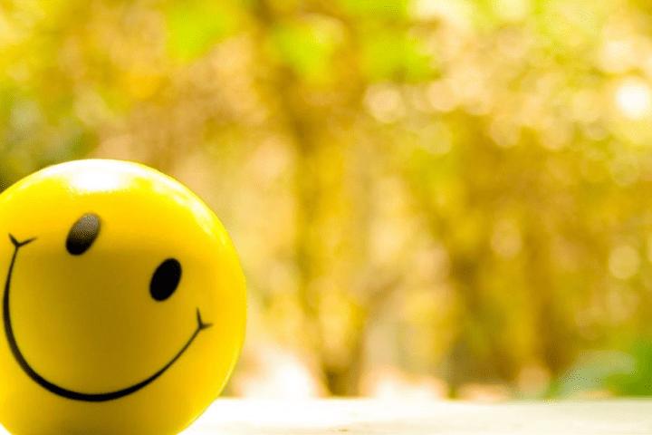 være lykkelig